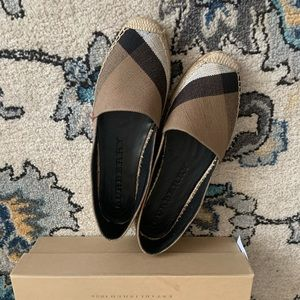 burberry,new,size 39